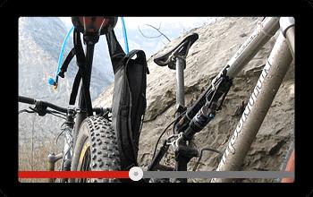 Bildschirm mit Video von einer Bike Tour