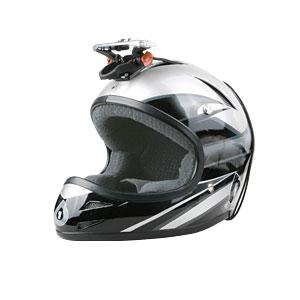 661 Helm mit Kamera Träger